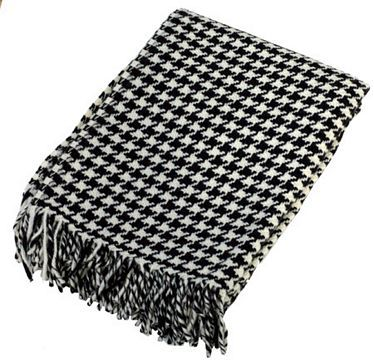 Hounds Tooth check Black Lambswool Throw