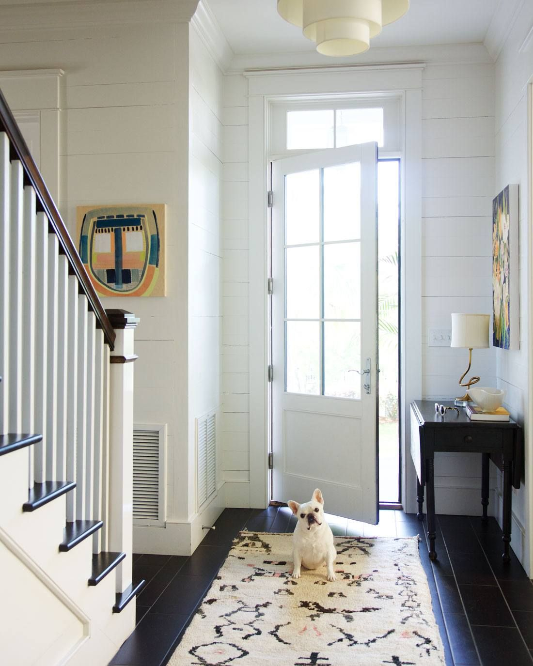 16 Tricks To Make Your Small Rooms Look Bigger + Mistakes To Avoid ...