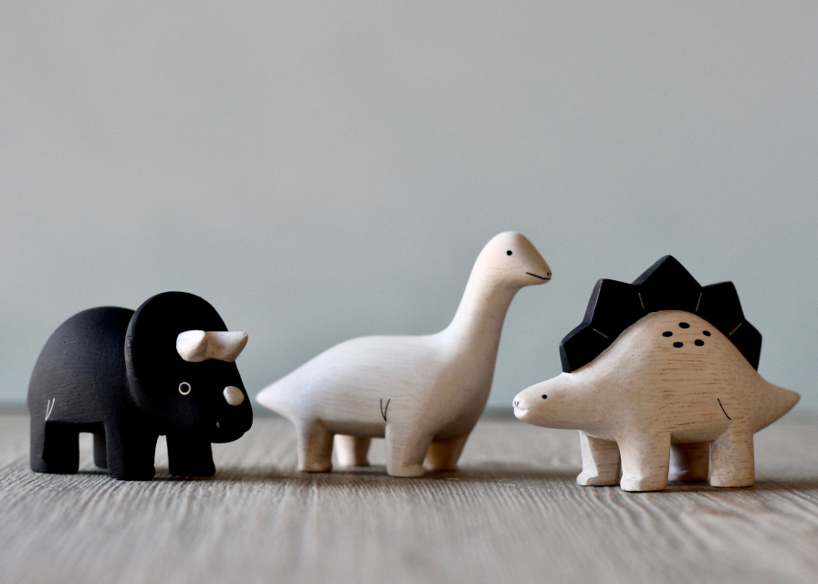 Handmade Tiny Wooden Dinosaurs Gives 7 meals