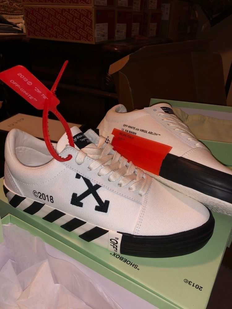 Off White co Virgil Abloh Vulc Low Top Sneakers WHITE