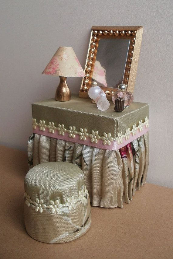 Vanity Set with Mirror and Stool, handmade miniature, dollhouse 1/12 ...