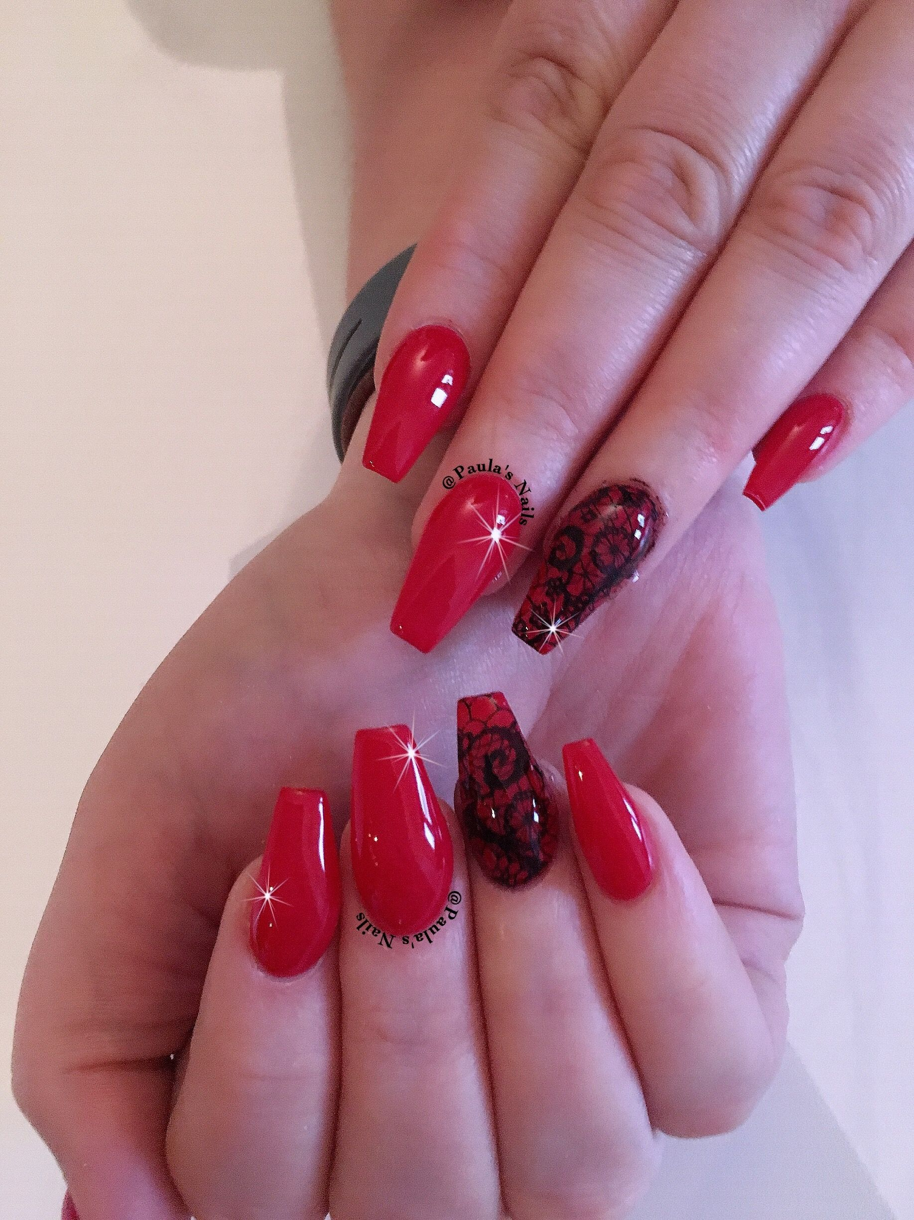 Red Acrylic Nails With Black Lace Red Acrylic Nails Lace Nails Lace Nail Design