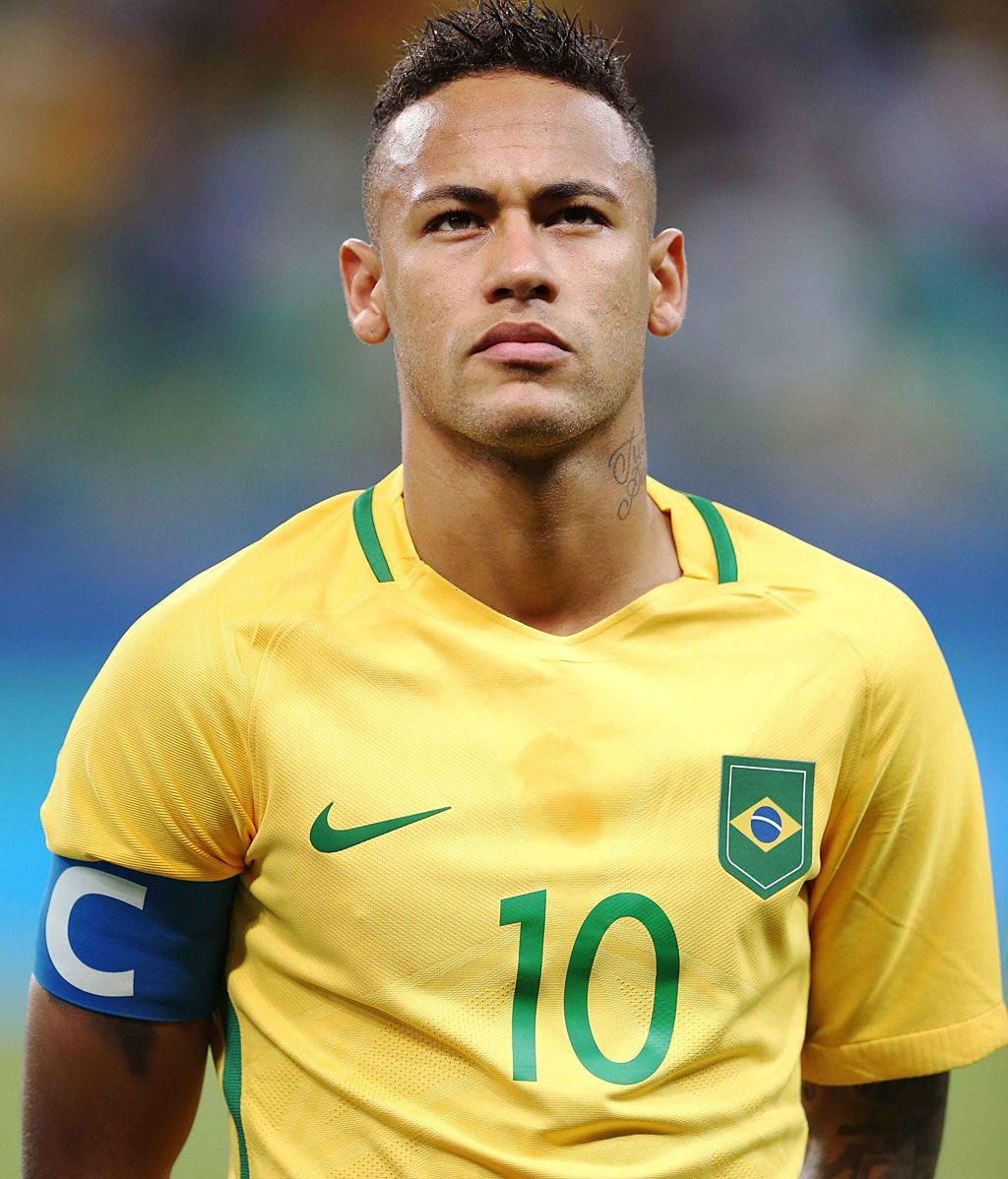 Neymar J.r. Se ara con la copa del mundo en Rusia 2018, acabando con la sequía de brasil. Esta selección no gana un mundial desde 2002 en el mundial celebrado en Japón y Corea