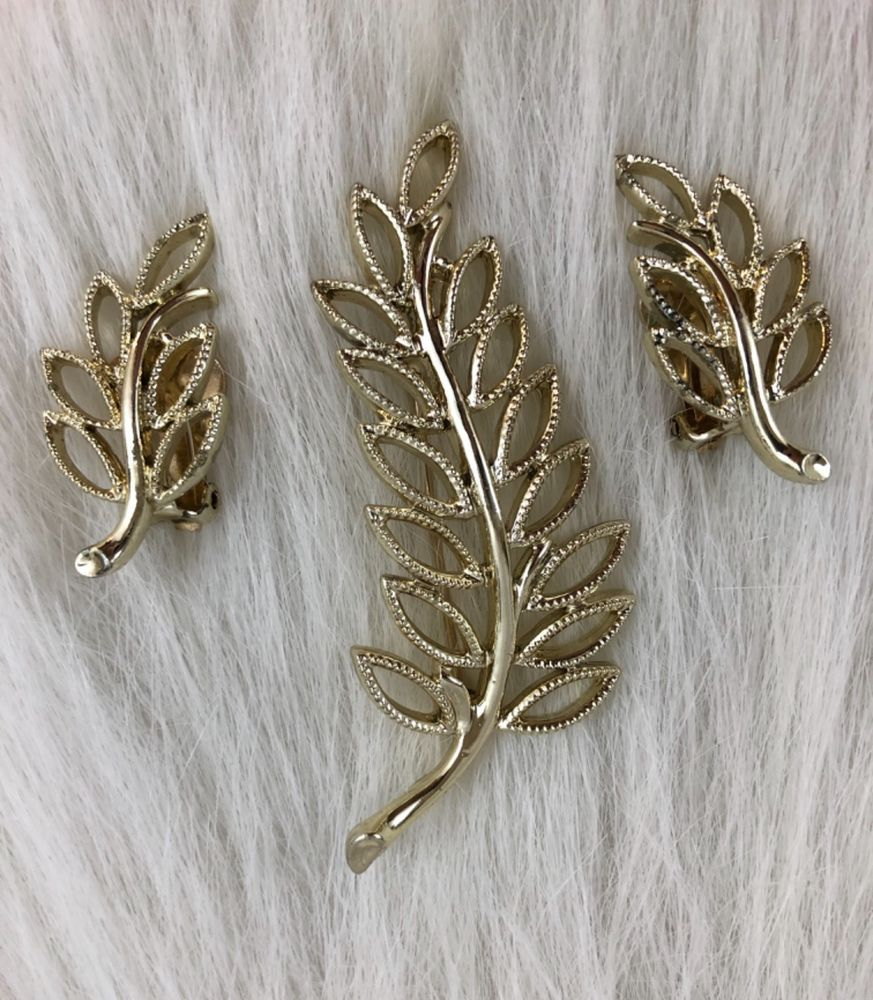 Vintage silver-tone leaf pin /& clip-on earring set