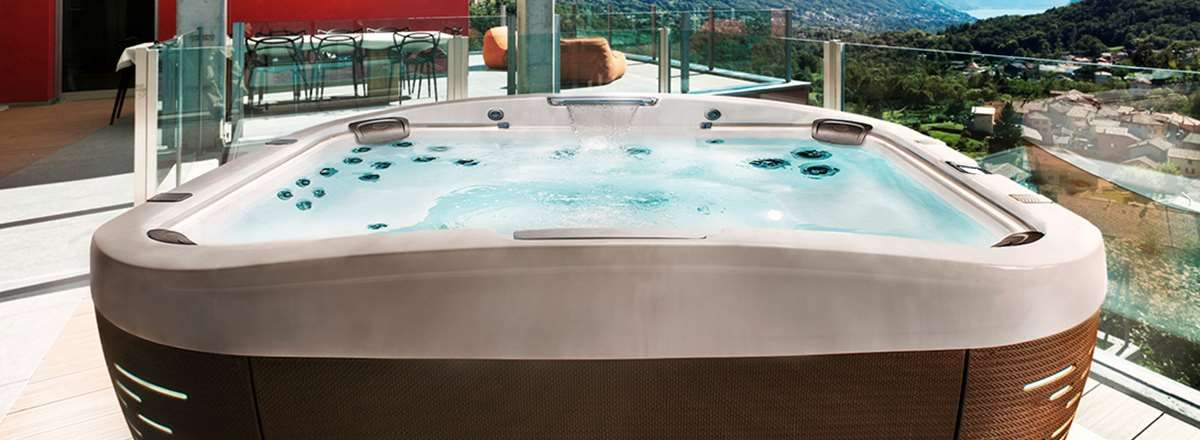 Keep Your Jacuzzi Hot Tub Crystal Clear And Inviting Jacuzzi