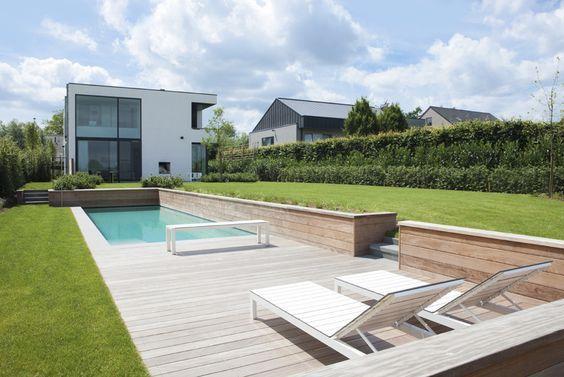Zwembadtuin. Minimalistisch, clean, strak ontwerp.: