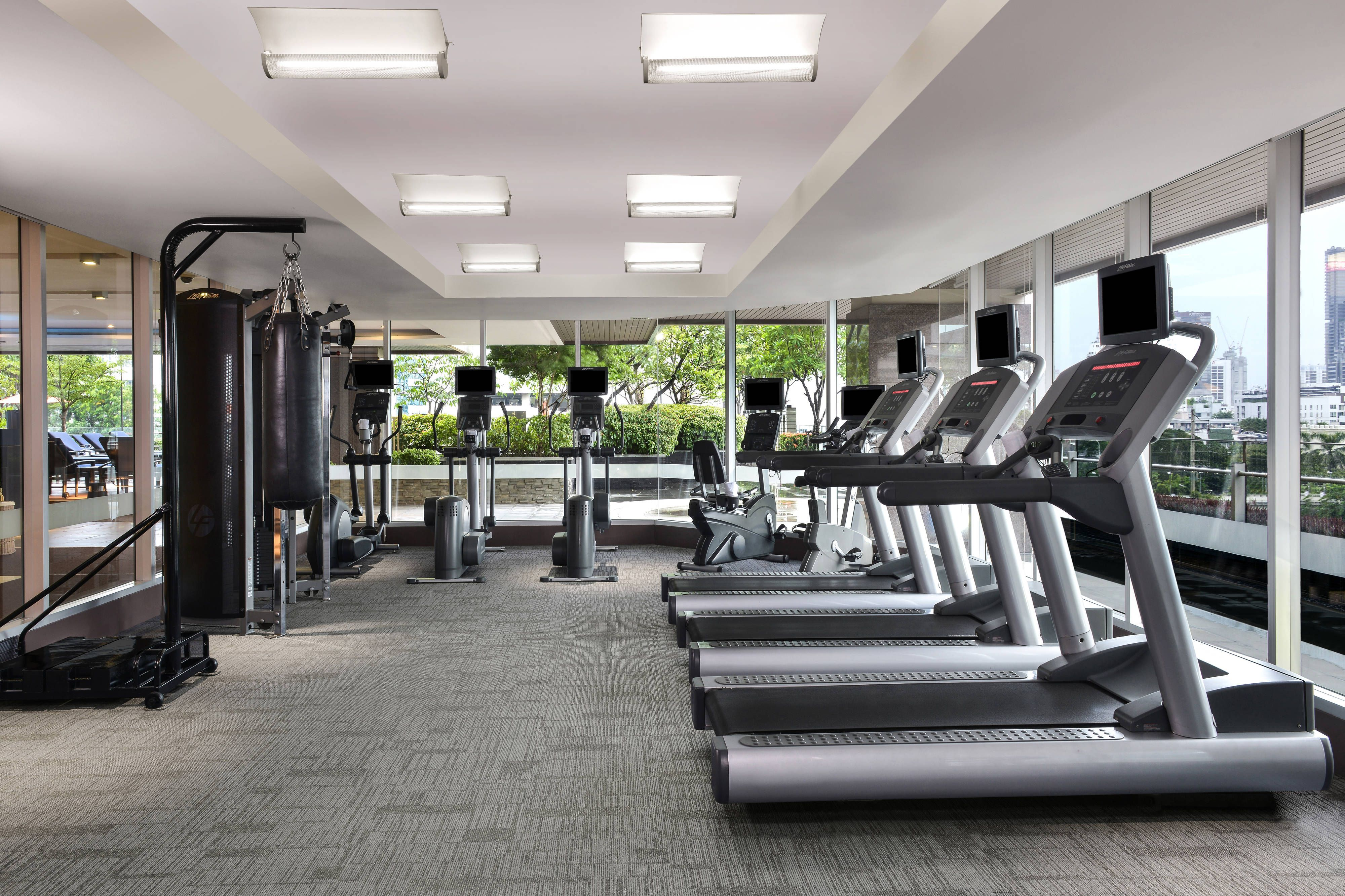 Sathorn Vista Bangkok Marriott Executive Apartments Fitness Center Happy Guestroom Holiday Apartment Hotel Services Luxury Suite