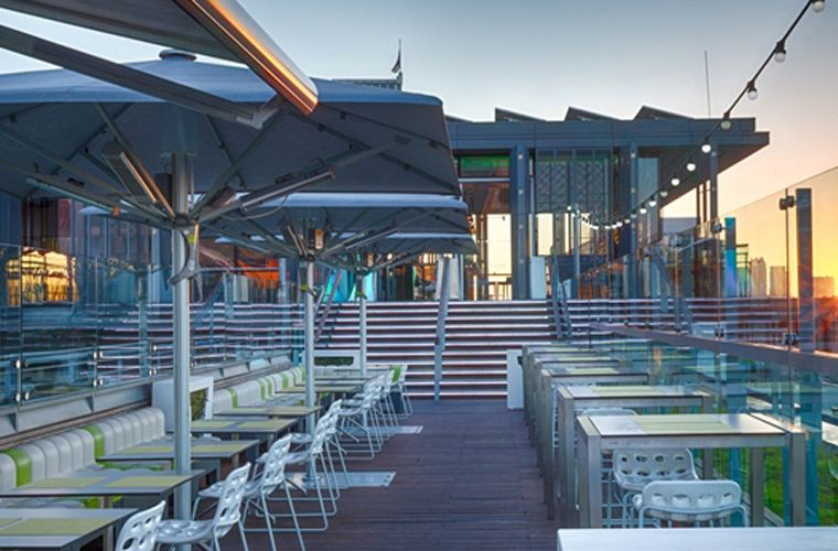 Top 10 Bars For Rooftop Drinking