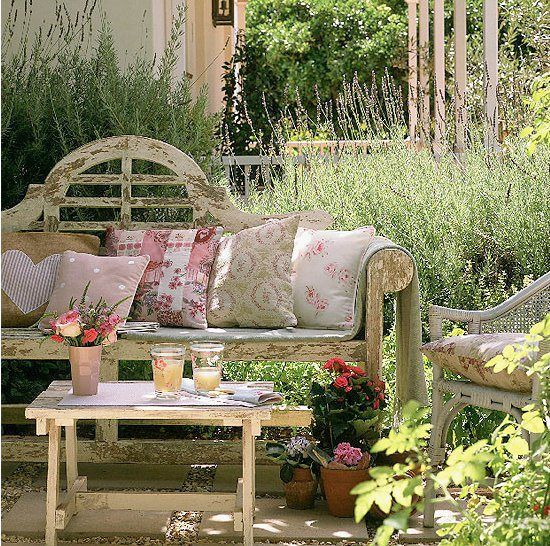 Rustic Home Furnishings And Mexican Garden Decorations By: The 25+ Best Vintage Garden Decor Ideas On Pinterest