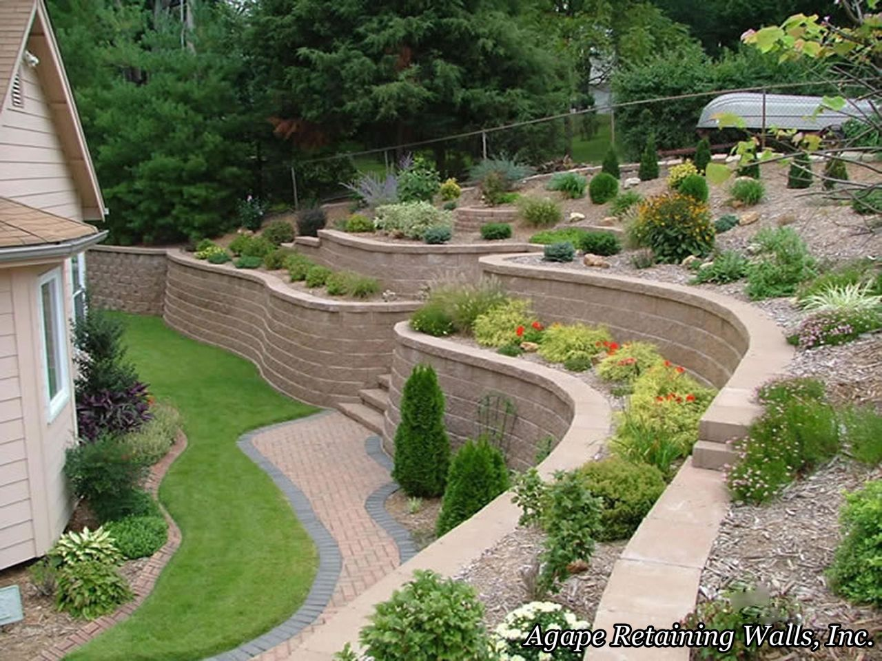 Terraced Wall | Brick garden, Terraced backyard, Backyard ...
