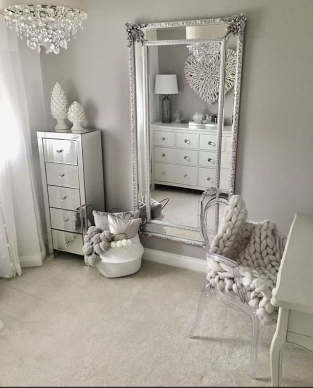 Pin by kimberly cardenas on Bedroom ideas | Stylish ... on Mirrors For Teenage Bedroom  id=61799