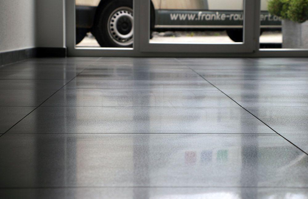 Anpolierte Betonoberflache Betonoptik Anpoliert Fliesen Bodenfliesen Beton Poliert Wohnzimmer Esszimmer Diele F Fliesen Betonoptik Betonoptik Fliesen