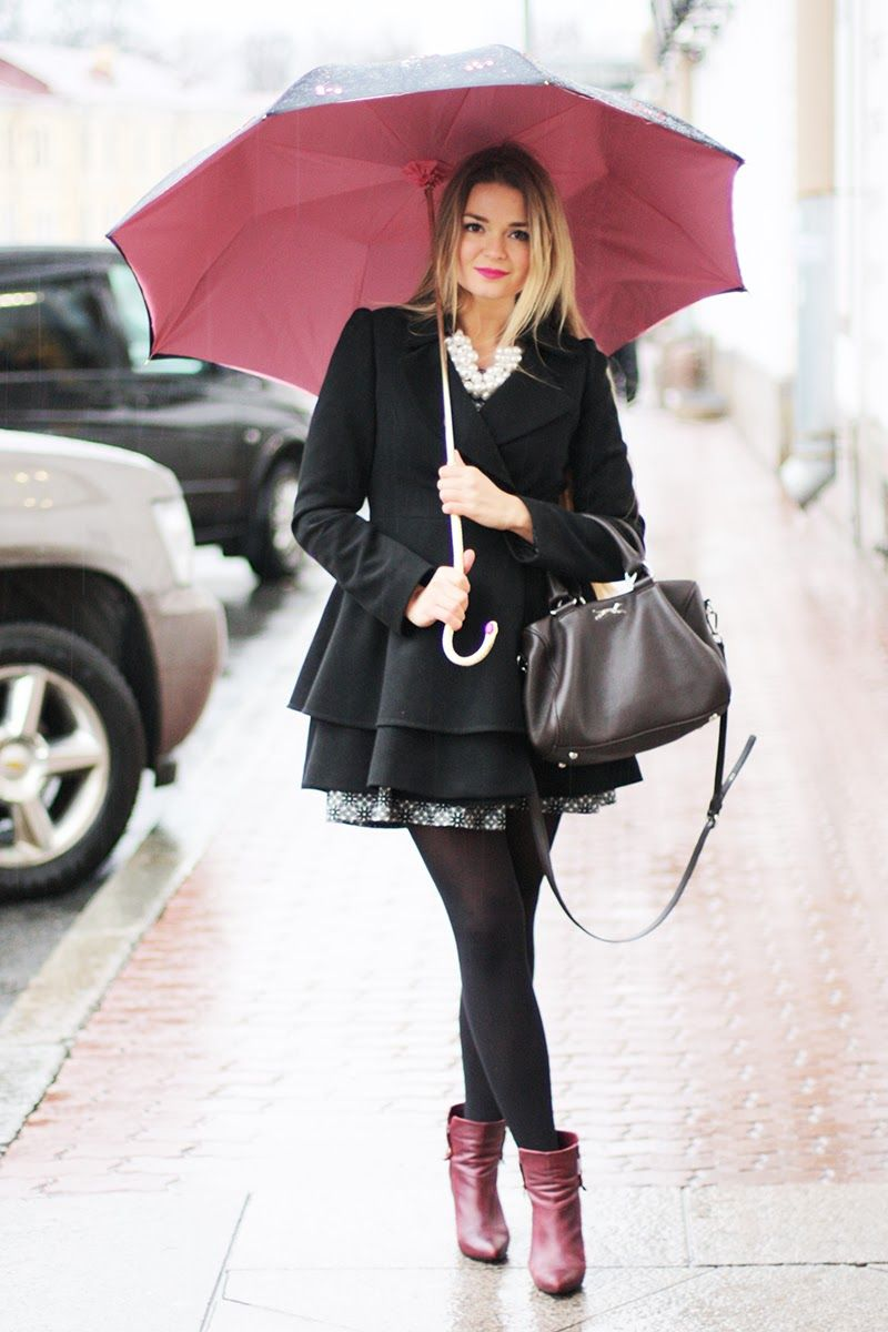 what to wear on a first date on a rainy day