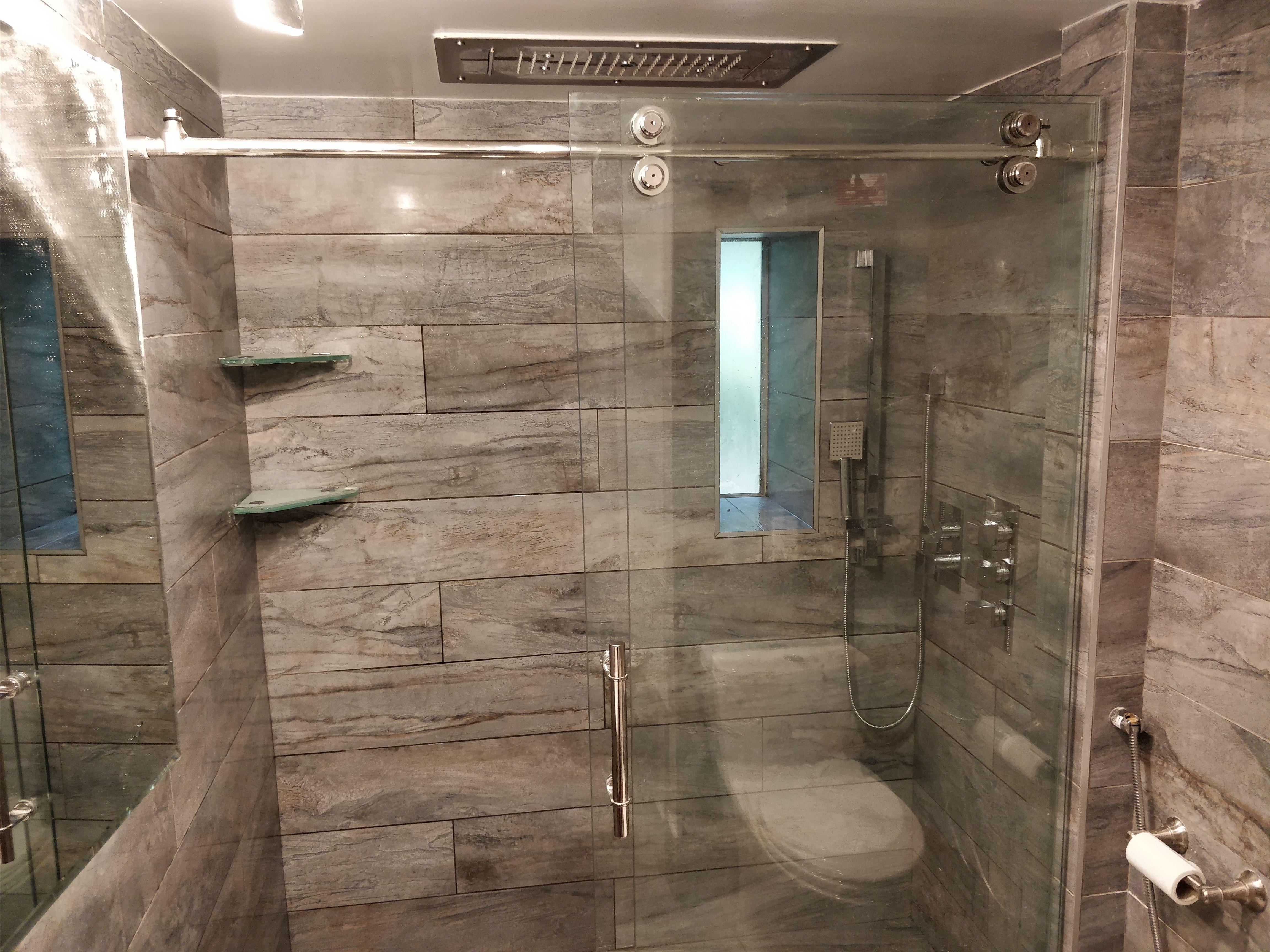 Average Cost To Remodel Half Bathroom Bathroom Remodel Cost