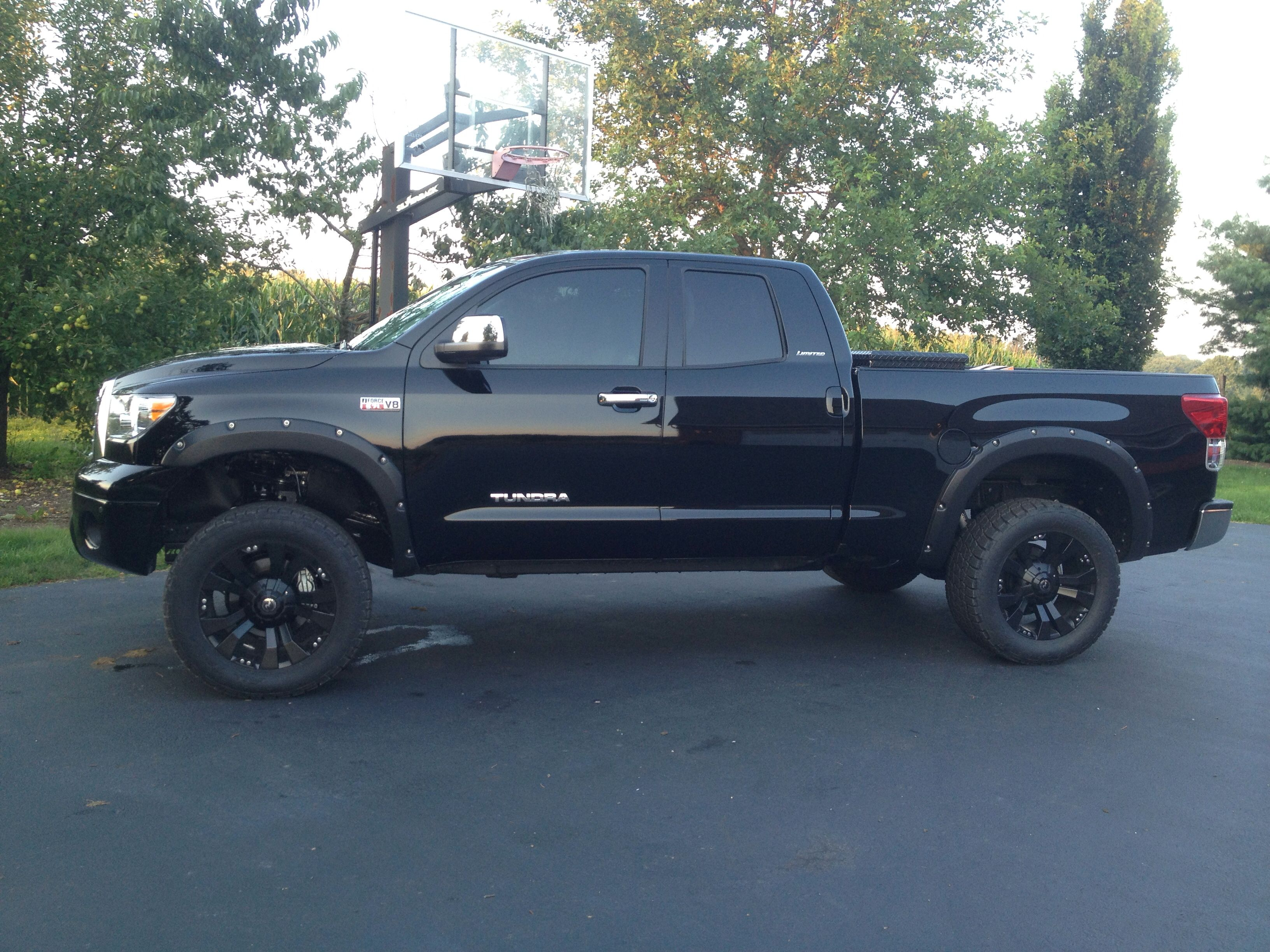 Pin By Scott Strong On Cool Lifted Tundra Toyota Tundra Lifted Toyota Tundra