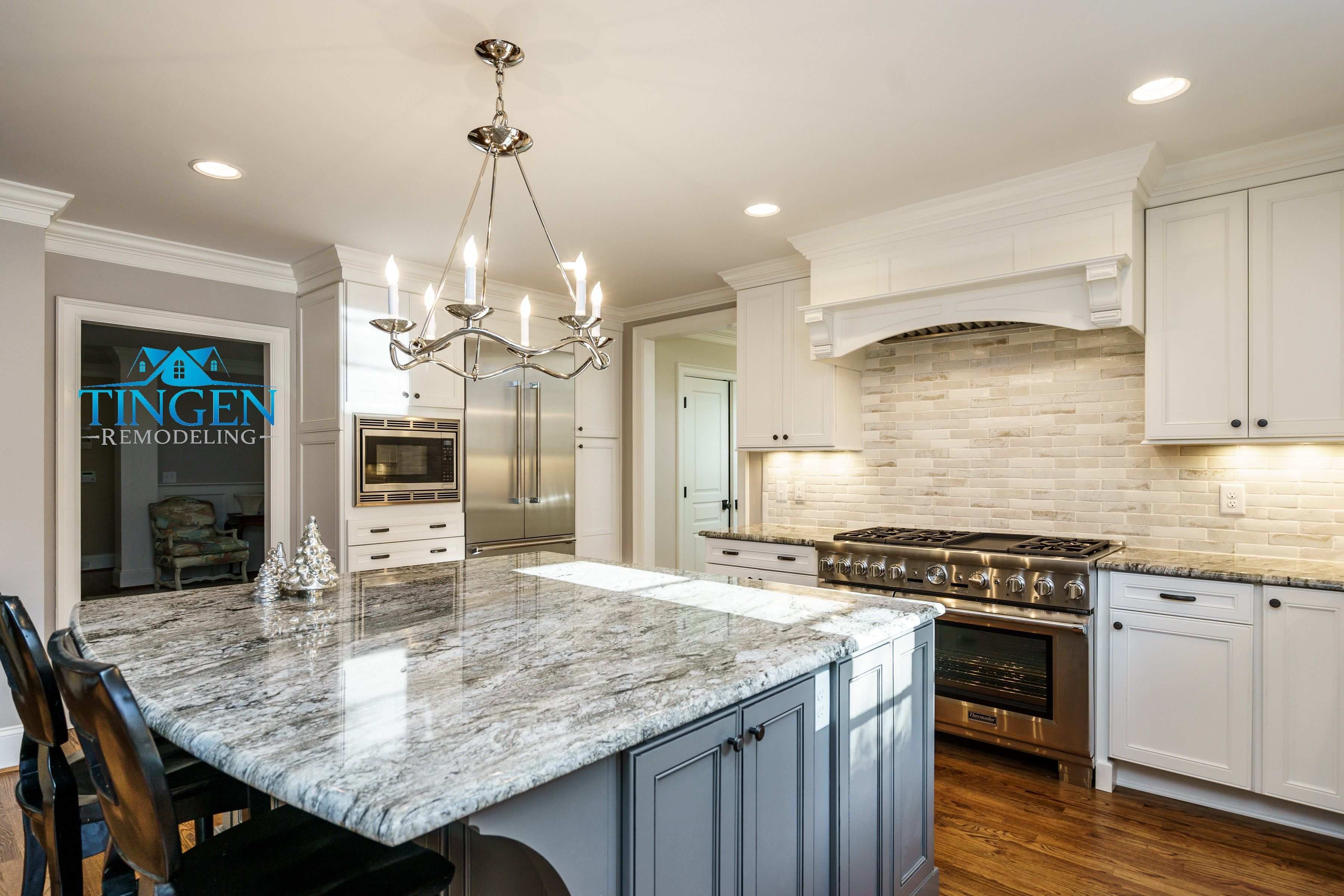 Tingen Remodeling Raleigh Nc Thermador Kitchen Cabinets Brizo Rohl Sink Faucet Re Custom Kitchen Remodel Kitchen Remodel Home Remodeling Contractors