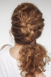 #BRAID #Curly #Easy #everyda #everyday #Hairstyle - Christmascocktails #sidebraidhairstyles