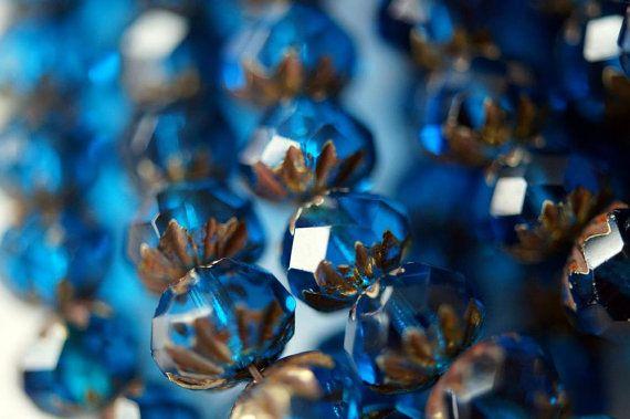 6x9mm Premium Böhmische Glasperlen - Capri Blue - geschnitzt Krapfen Beads - Deep Blue - Bead Soup Perlen