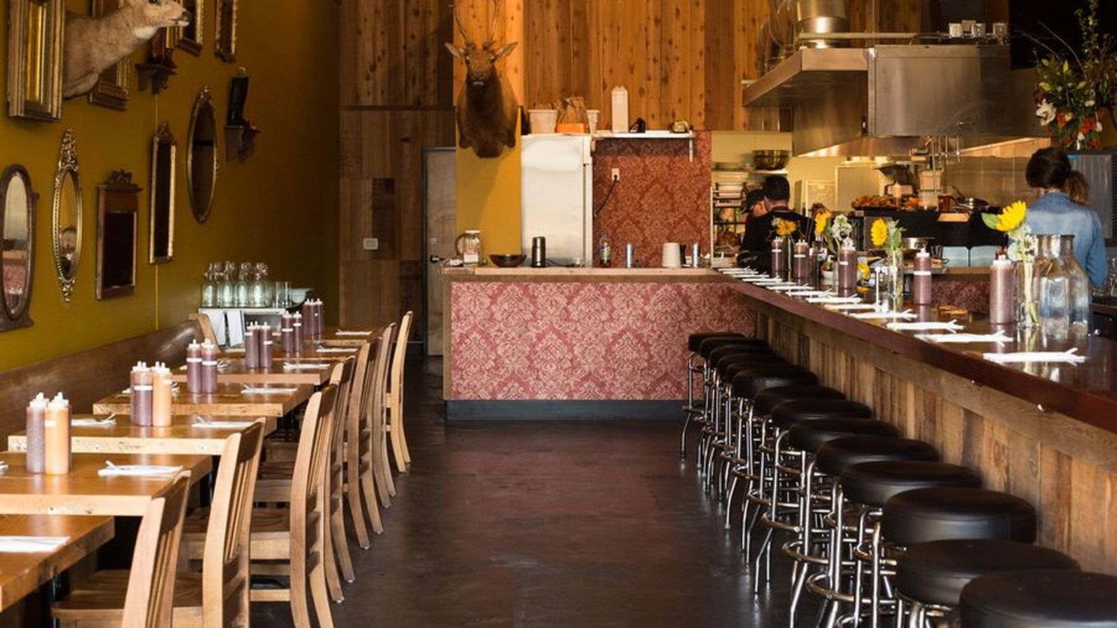 Where to Dine When Your Olive GardenLoving InLaws are in