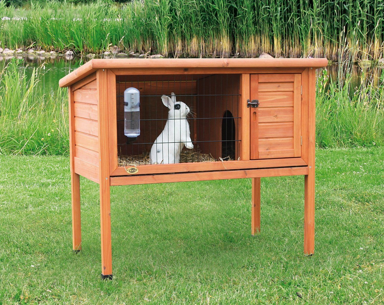 TRIXIE's One-Story Rabbit Hutch is ideal for small animals ...