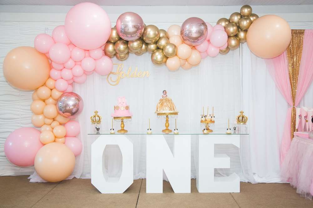 Minnie Mouse Princess Birthday Party Ideas Photo 1 Of 22 Princess Birthday Party 1st Birthday Party For Girls 1st Birthday Party Decorations
