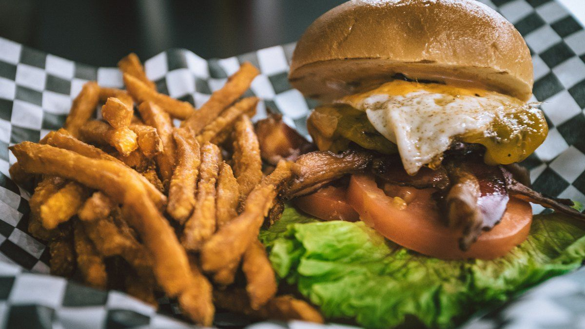Fast food on a budget fast food facts food low calorie