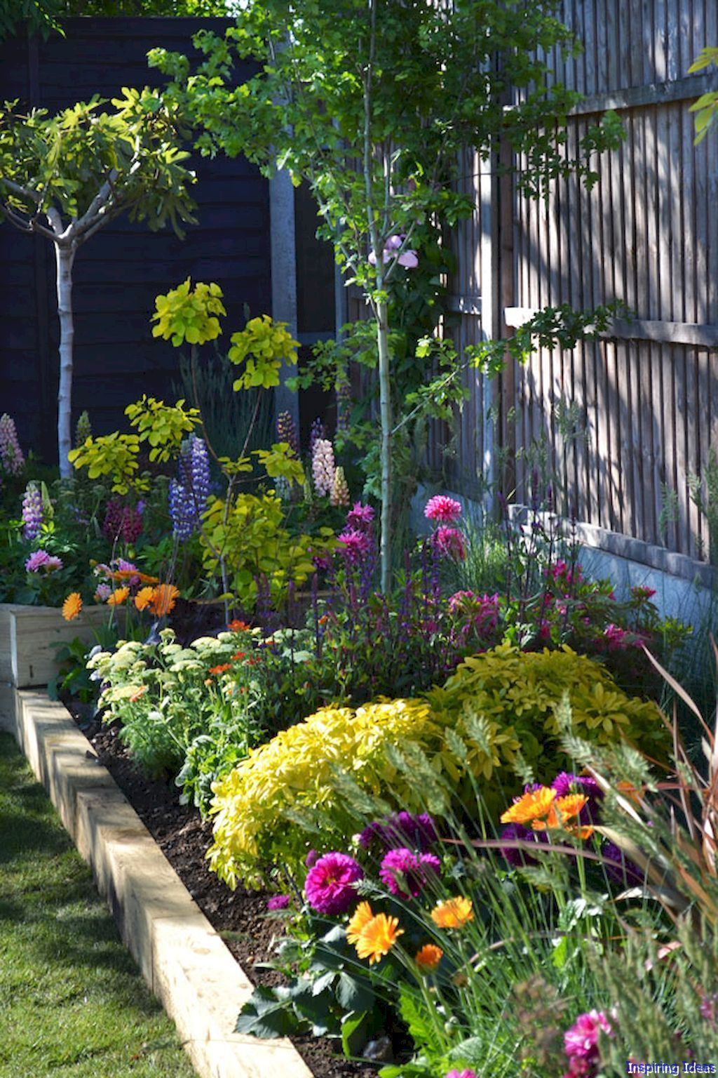 Pin By Roomaholic Com On Exterior Garden And Landscape 400 x 300