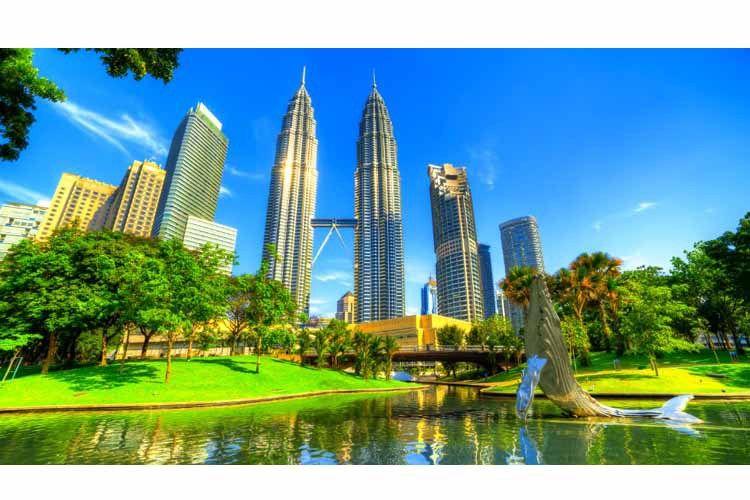 عاصمة ماليزيا ما لا تعرفه عن كوالالمبور New York Skyline Skyline New York