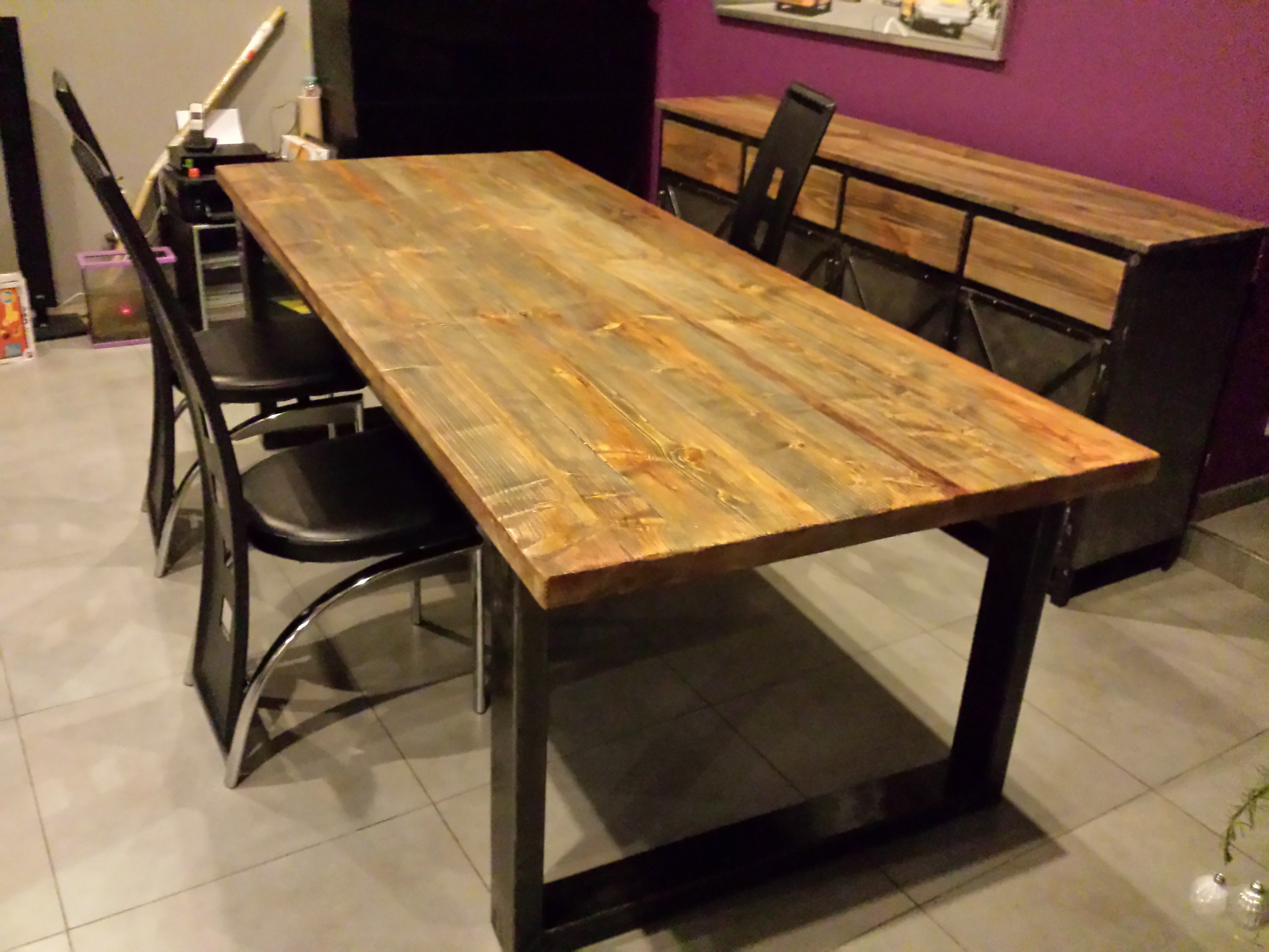 Table de salle a manger industriel pied en acier plateau - Table salle a manger acier ...