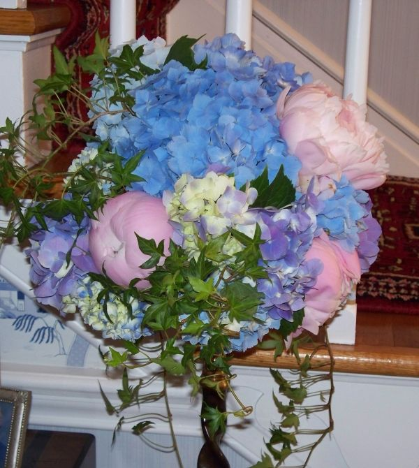 Flower Arrangement For Church Wedding: Check Out This Beautiful Pink Peonies And Blue Hydrangea