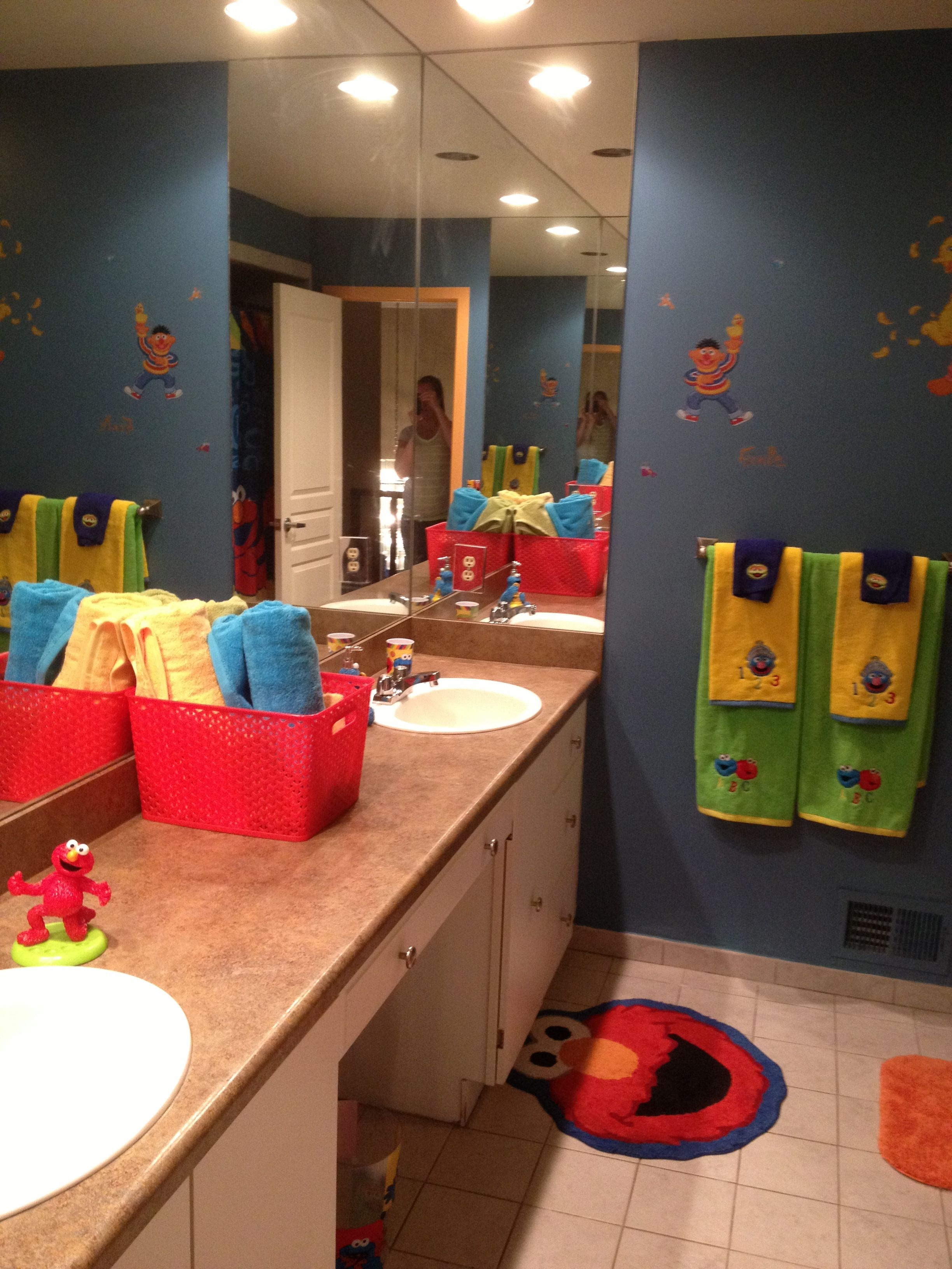 Sesame Street Bathroom With Images Bathroom Decor Sets Boys