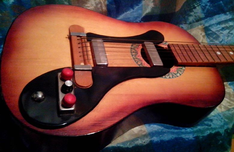 Guitar Blog Cobbled Together Looking But Intriguing Russian Electric Acoustic Guitar Guitar Acoustic Guitar Acoustic Electric Guitar