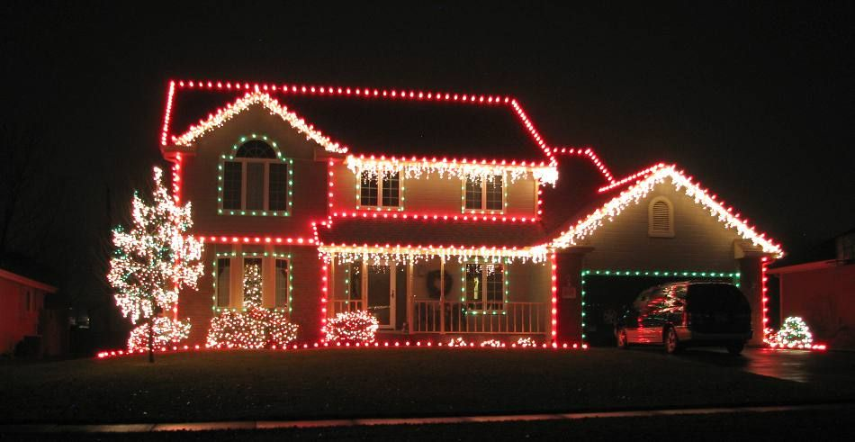 Pin By Ruth Bravo On Celebrate Christmas Winter Decorating With Christmas Lights Outdoor Christmas Lights Christmas House Lights