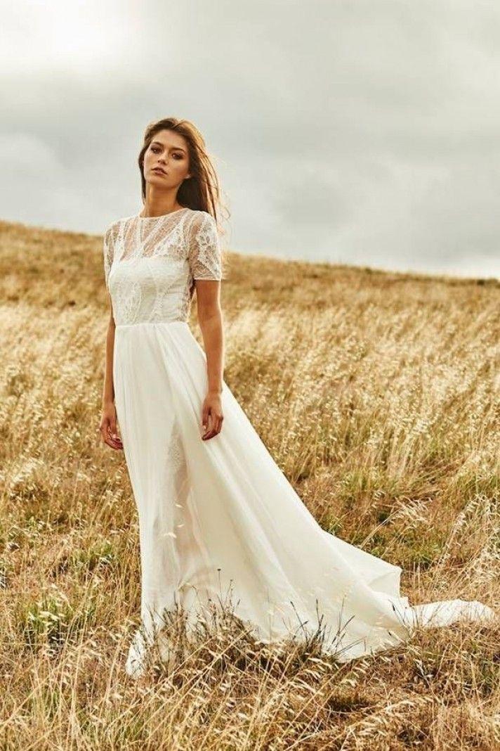 732c610778481f Noah - vestito da sposa semplice in pizzo e chiffon per matrimonio in  spiaggia,con maniche corte
