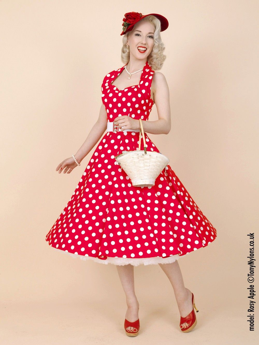 50s-1950s-Vivien-of-Holloway-Best-Vintage-Reproduction-Halterneck-Circle- Dress-Red-White-Polkadot-Rockabilly-Swing-Pinup