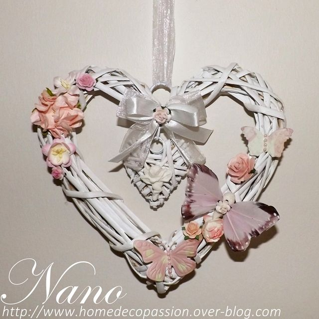 Double coeur en osier orn de fleurs et papillons coeur - Decoration coeur en bois ...
