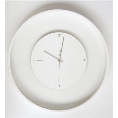 Salt And Pepper Zone 60cm Wht Round Float Clock W Black