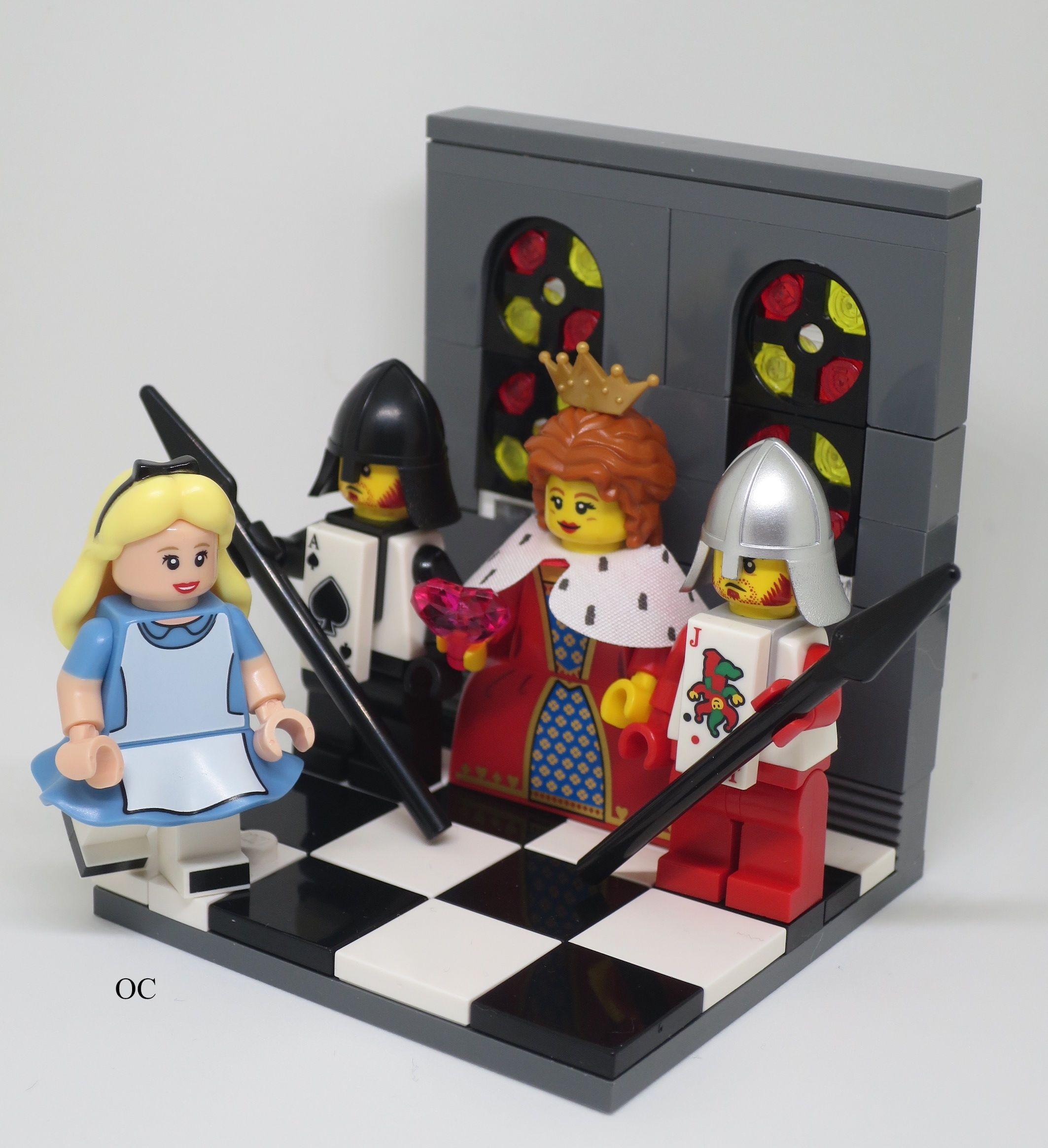 Lego Alice in Wonderland & Queen of Hearts Minifigures