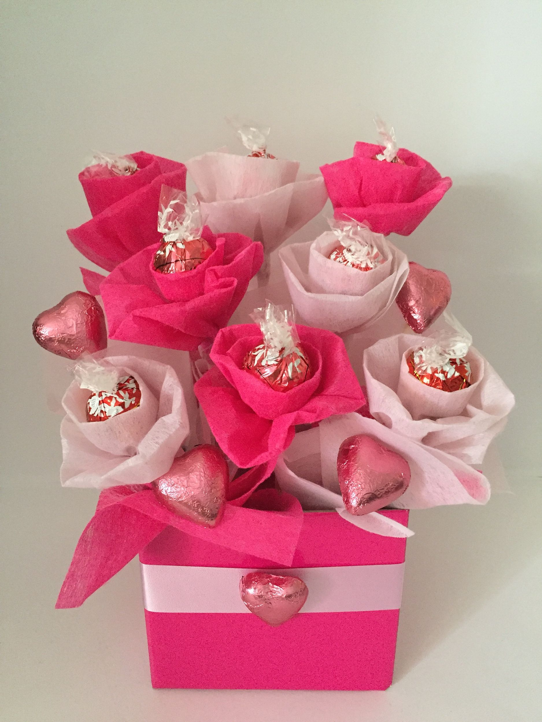 Pink Lindt bouquet! $30 Other colours can be done. 10 Lindt ...
