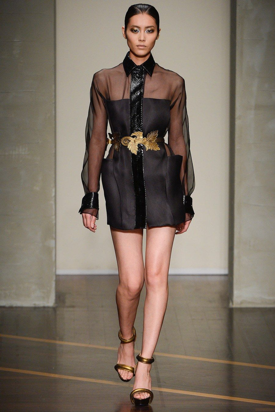 2019 year style- Ferre gianfranco fall runway review