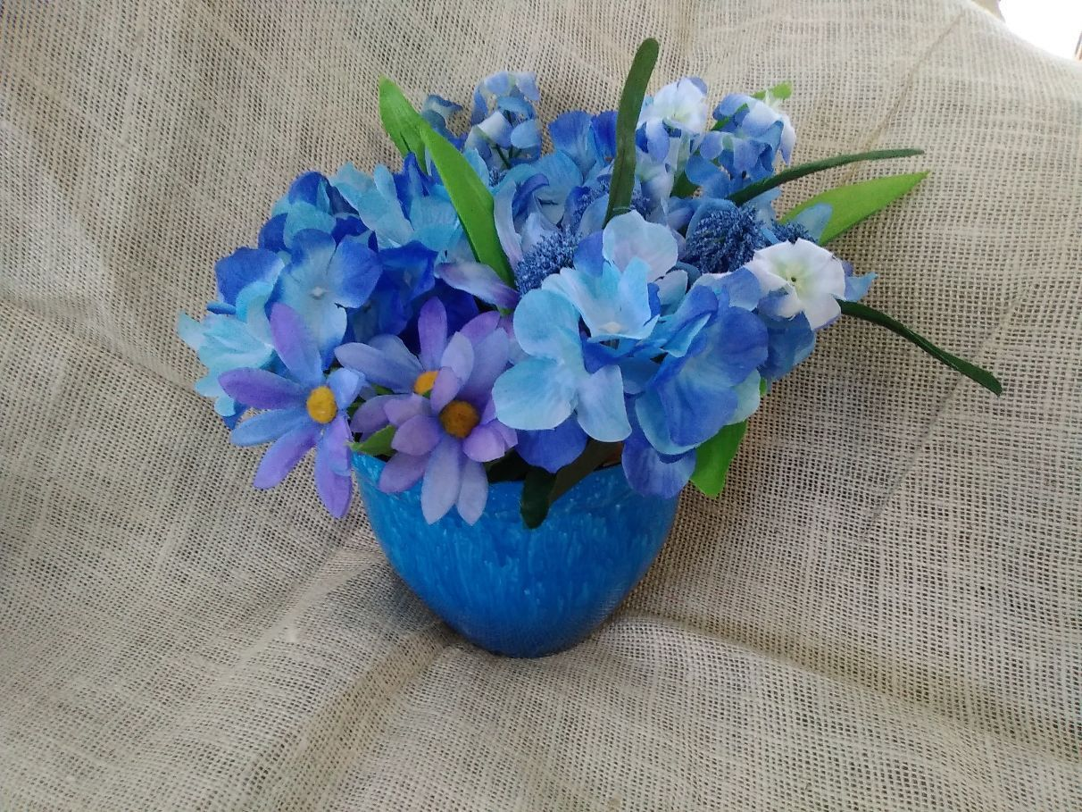 Handcrafted Blue Silk Flower Pen For Bouquet Centerpiece Perfect