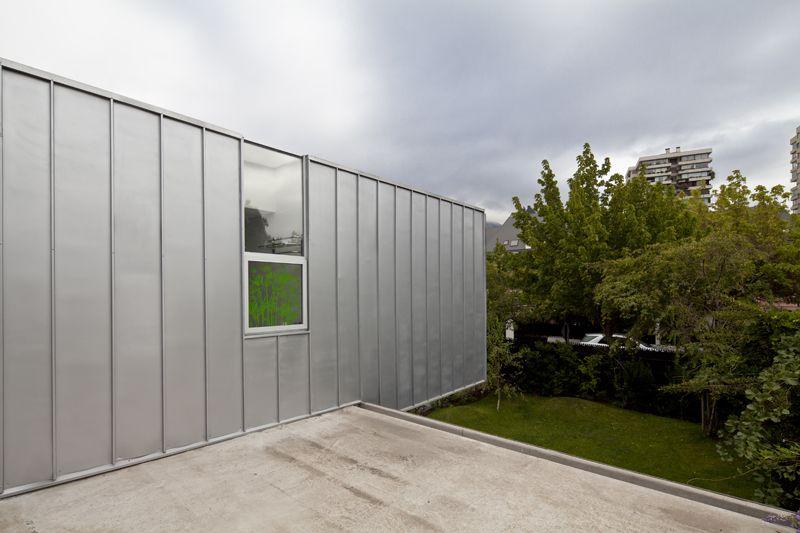 Casa en Vitacura, Santiago, Chile - Riesco + Rivera Arquitectos - foto: Aryeh Kornfeld