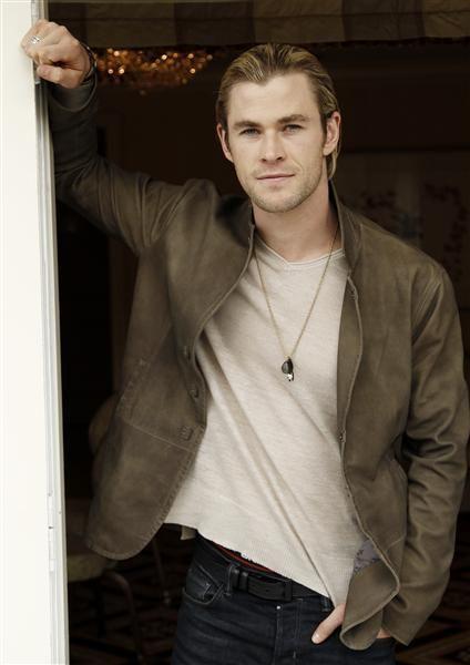 Chris Hemsworth..