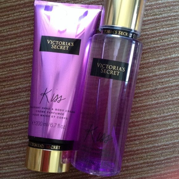 61cf1ab7cf Victoria secret kiss Victoria secret body cream 200 ml and fragance mist  250 ml Victoria s Secret Makeup