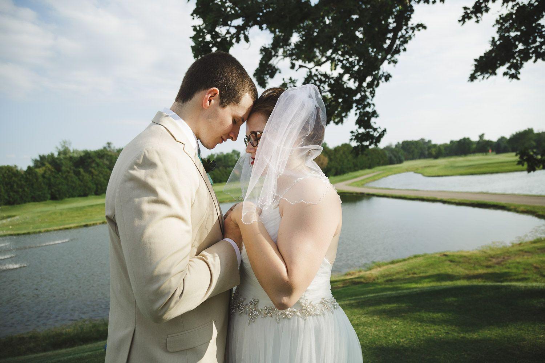 Emotional Wedding Photography Saying A Prayer For Your Marriage Emotional Wedding Photography Summer Wedding Photos Wedding Photography