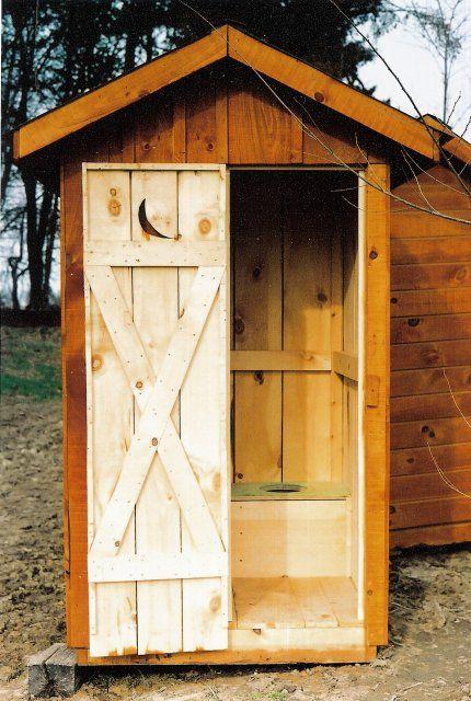 outhouse   La cabane au fond du jardin   Plans de petite cabane ...