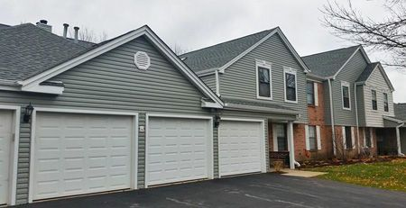 Condo Multi Family Roof Replacement Siding Replacement Need A Siding Roofing Contractor See More Http Www Pr Roofing Remodel
