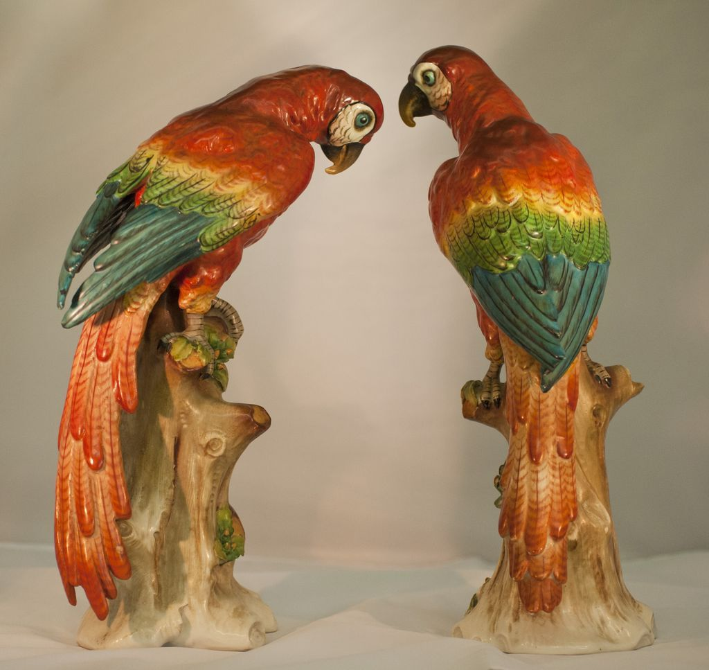Handmade Miniatures Collectible Ceramic Porcelain Black Cockatoo Bird FIGURINE