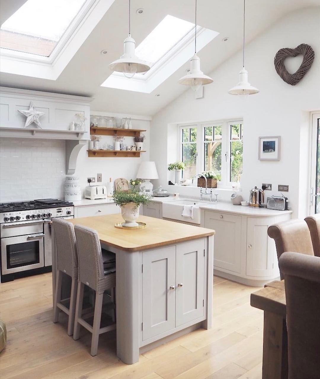 12 Inspiring Kitchen Island Ideas: Design Ideas Modern And Traditional Small Kitchen Island