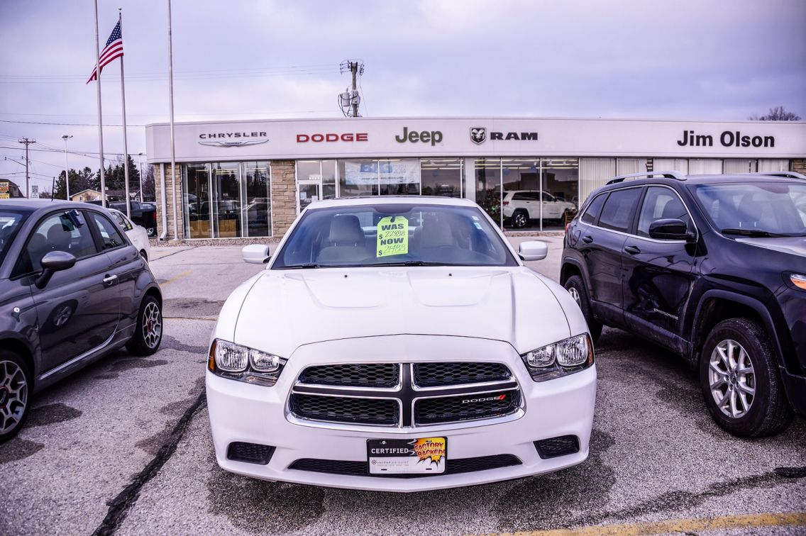 Dodge Charger Car Dealership Photography By Andrew Menting Of Dawn 2 Dusk Photography In Fond Du Lac Wi Car Dealership Dodge Charger Dealership